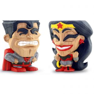 Cryptozoic DC Comics Red Son Superman And Wonder Woman 2-Pack Teekeez Figures – Free Comic Book Day 2019 Exclusive
