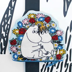 Moomin Blue Hugs And Flowers Coin Purse